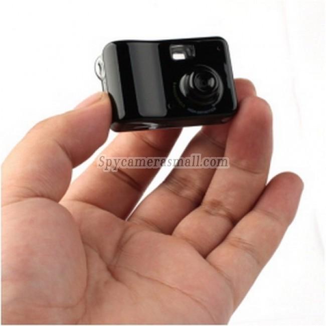 spy day - 8 MP HD Video Recorder Mini Camera (PC Camera +Motion Detection)